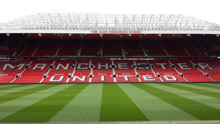 Manchester United–Liverpool uppskjuten efter kaos
