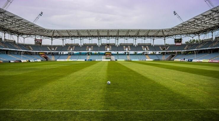 Allsvenskan: 14 av 15 klubbar riskerar konkurs