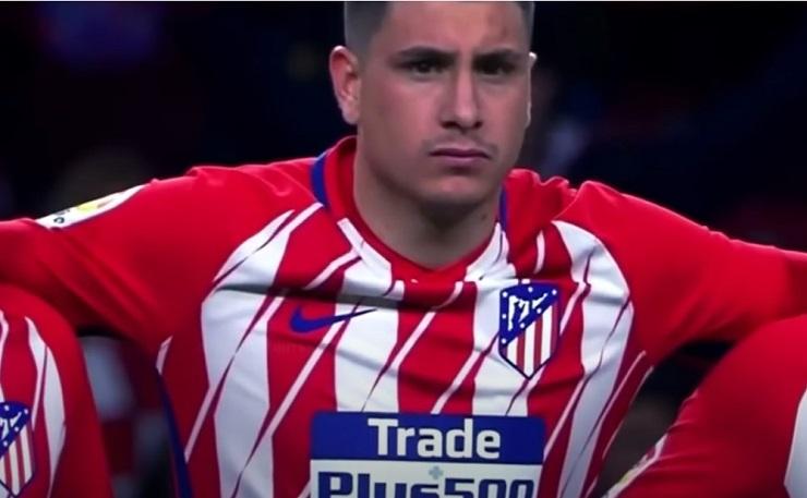 Chelsea vill förstärka med Atléticos mittback