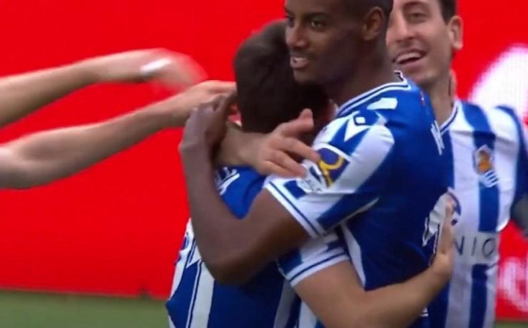 Manchester City håller ett öga på Alexander Isak
